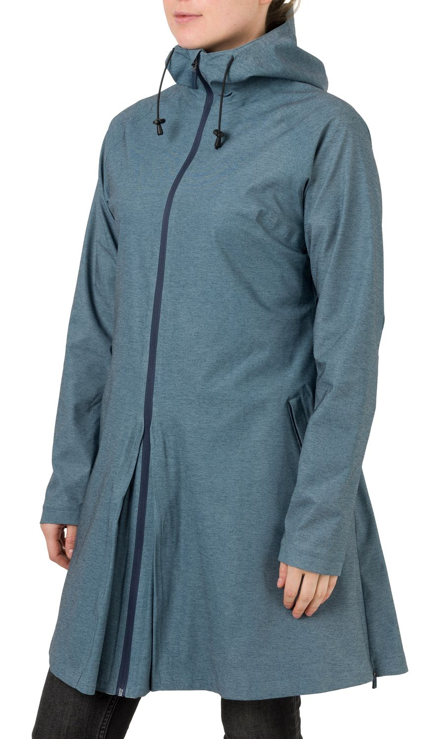 SeQ Rain Jacket Urban Outdoor Women fit example